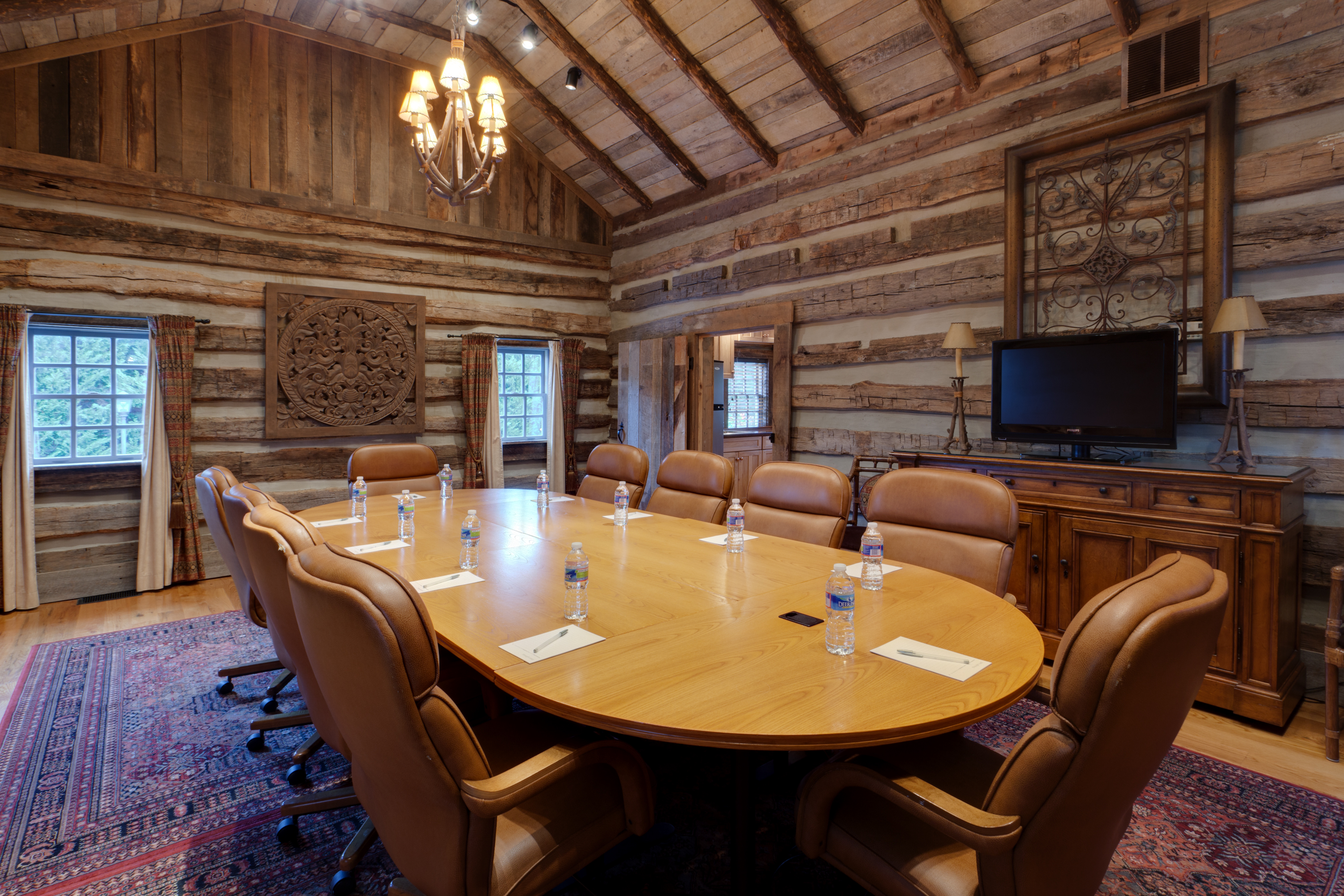 Contact heritage hospitality management for Cabin cabin vicino a lexington va